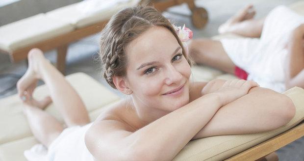 Dopřát si s blízkou osobou vzájemnou masáž je jedna z nejlepších věcí, které pro sebe můžete udělat.