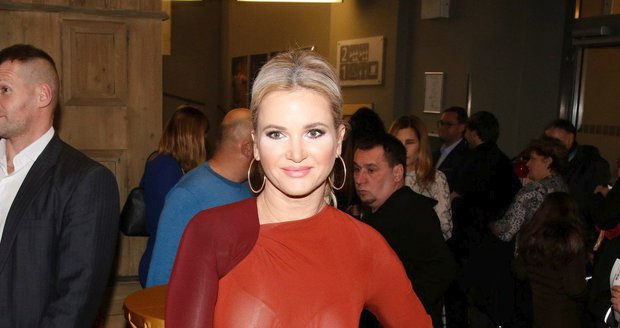Monika Babišová na premiéru muzikálu Galileo nezvolila ty nejlepší šaty