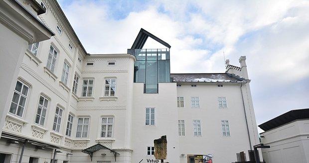 Museum Kampa představilo 8. února novou výstavu s názvem Angelo Maria Ripellino: Praha byla krásnější než Řím