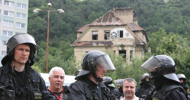 Vyklízení vily Milady v roce 2009.
