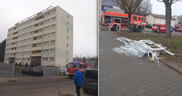 Výbuch domu v Náchodě: Explodovala varna drog?! Muž s popálenou tváří utekl
