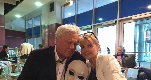 Petr Oliva s manželkou Dagmar Čárovou