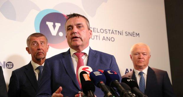 Premiér Andrej Babiš, bývalý primátor Brna a člen ANO Petr Vokřál a Jaroslav Faltýnek