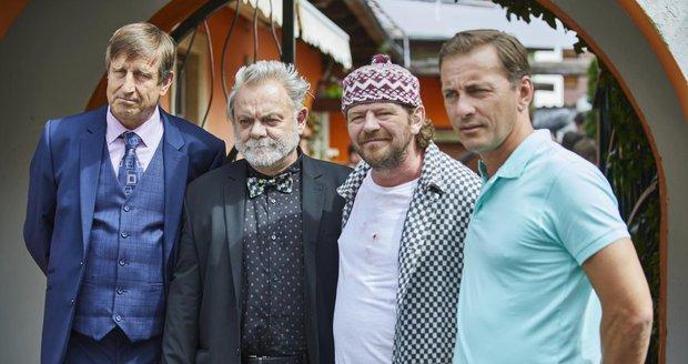 Z natáčení seriálu Kameňák