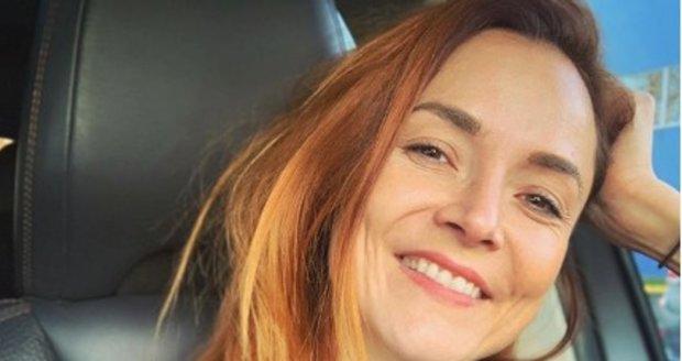 Další, zatím nepotvrzenou, hvězdou má být podle informací Blesku veleúspěšná spisovatelka Radka Třeštíková (38).