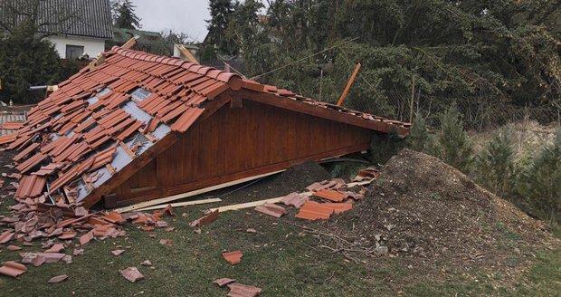 Silný vítr se v neděli vrací do Česka. A na Šumavě hrozí povodně