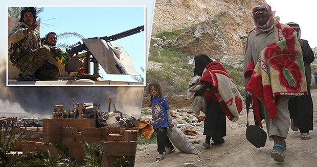 Rodiny drží jako lidské štíty. Zbytky džihádistů z ISIS odolávají v poslední baště