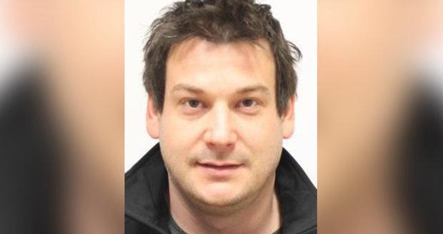 Už týden hledají policisté i příbuzní Miroslava Lungu (35) z Karlovarska.