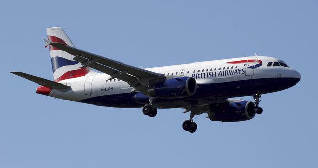 """Britové """"preventivně"""" stopli lety do eyptské metropole. A varují před terorismem"""