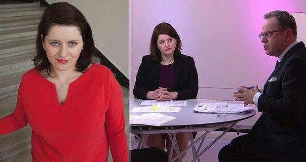 "Maláčová v rudém tasila na ANO ""bubáka Kalouska"". A u Moravce hájila vyšší důchody"