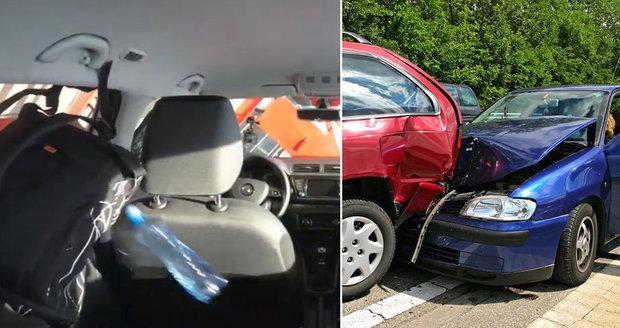 Všechny věci v autě by měly být před cestou řádně zajištěny.