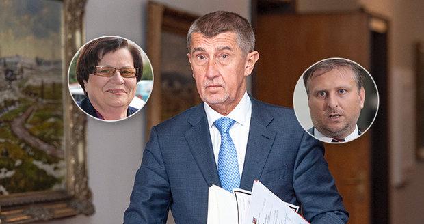 U Babiše končí i Kněžínek, Zeman jmenuje Benešovou a opozice ukazuje na Čapí hnízdo