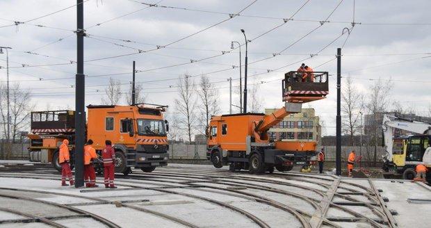 Pražský dopravní podnik zprovoznil velkokapacitní kolejiště v Ústředních dílnách v Hostivaři.