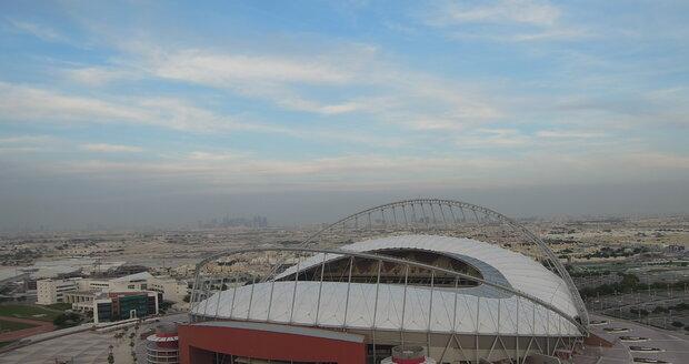 eden ze stadionů, které budou hostit mistrovství světa ve fotbale v roce 2022 zachycený z nejvyšší budovy města, Aspire Tower ve které sídlí hotel Torch.