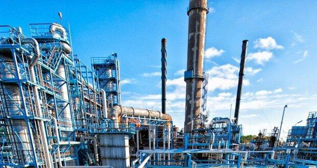Ropa z Ruska je znečištěná. Poláci ani Němci ji nechtějí, problém má i Česko