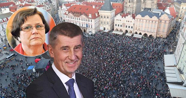Demonstrace městy napříč republikou: Trnem v oku je Babiš a nová ministryně