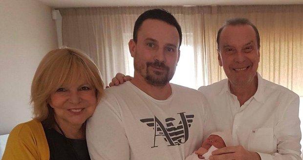 2018 - Hana Zagorová a Štefan Margita s rodinou - praneteř s tatínkem