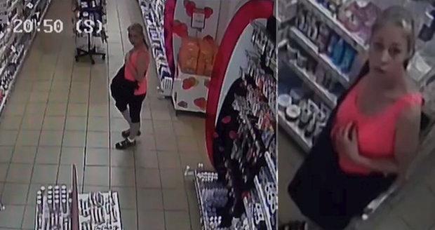 Velká lubrikační loupež: Žena z drogerie odnesla lubrikanty a kondomy za tisíce