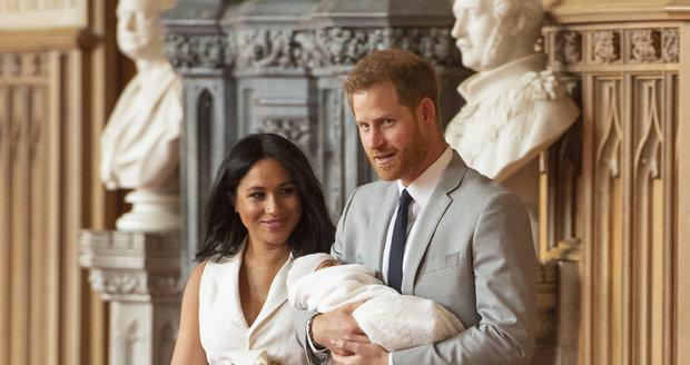 Princ Harry a vévodkyně Meghan představili syna světu.