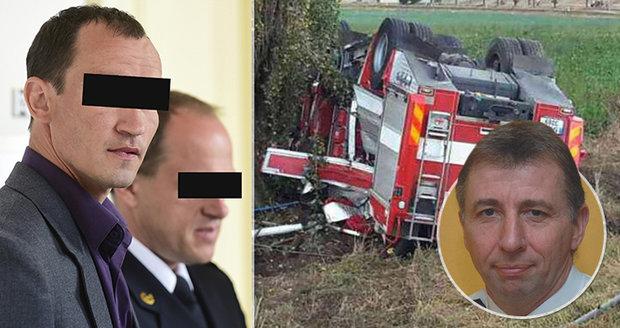 Hasič Jiří (†57) zemřel při nehodě cisterny: Řidič, který přišel o nohu, dostal podmínku