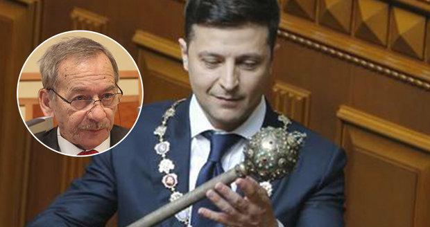 """Kubera na inauguraci Zelenského: """"Ukrajinky jsou krásná děvčata,"""" pochvaloval si"""