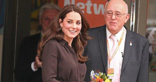 Častá zranění vévodkyně Kate vyvolávají divoké spekulace...