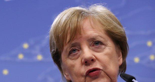 Merkelová: O novém šéfovi Evropské komise má být jasno koncem června