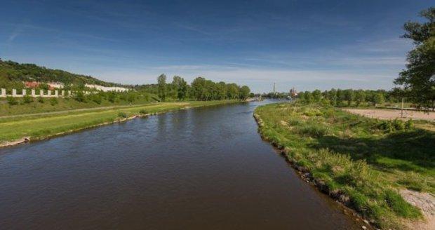 Nový most vznikne u Stromovky: Překlene plavební kanál a bude zvedací. (ilustrační foto)