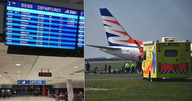 Let z Prahy do Hurghady měl 6 hodin zpoždění: Na palubě zemřel člověk, tvrdí cestující! Zvláštní vyjádření letiště