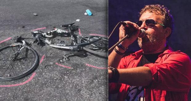 Známý psychiatr a lídr kapely zemřel při tragické nehodě: Na kole ho srazil náklaďák!