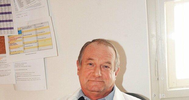 Vedoucí lékař Toxinologického centra  Všeobecné fakultní nemocnice v Praze Jiří Valenta