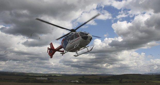 Na Kroměřížsku havaroval autobus plný lidí: Zasahoval vrtulník, sanitky měly napilno