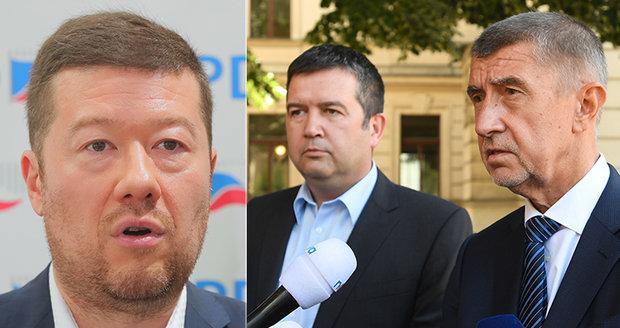 """Babiš s """"nácky"""" v zádech: Hrozí Česku """"nahnědlá"""" vláda? Zeman opět odmítl ČSSD"""
