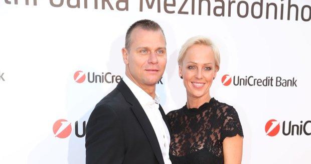 Unicredit party ve Varech: Zuzana Belohorcová s manželem Vlastou Hájkem