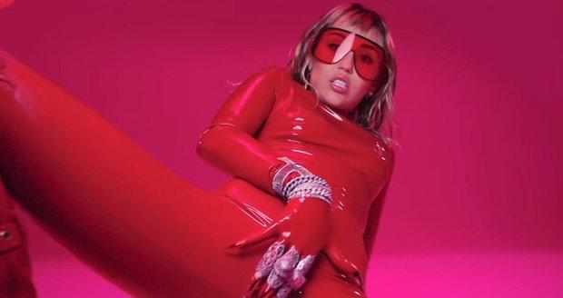 Nový klip skandalistky Miley Cyrus