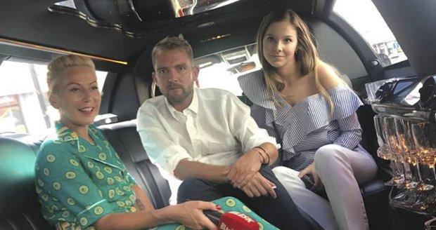 Libor Bouček s Gábinou v limuzíně Blesku