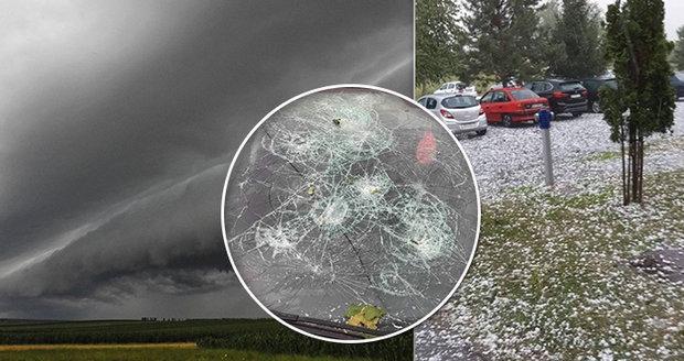 Tisíce Čechů v ohrožení: Na Chorvatsko se ženou další silné bouřky a lijáky