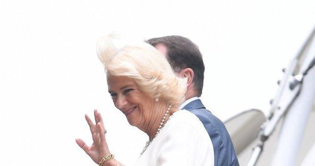 Meghan, vem si příklad z jiných královských členů, jak se chovat na Wimbledonu