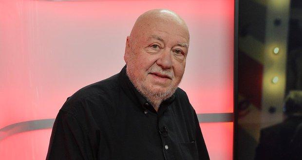 Václav Hybš ve studiu Blesku