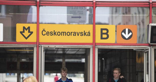 Takto dnes vypadá vstup do stanice Českomoravská.