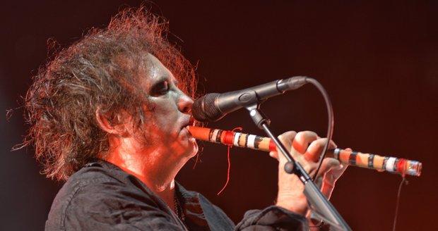 Melancholičtí i pozitivní. The Cure nadchli Colours a stali se vrcholem festivalu