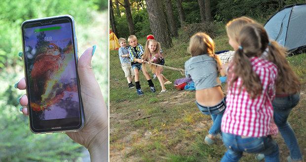 Dáváte dítěti mobil s sebou na tábor?