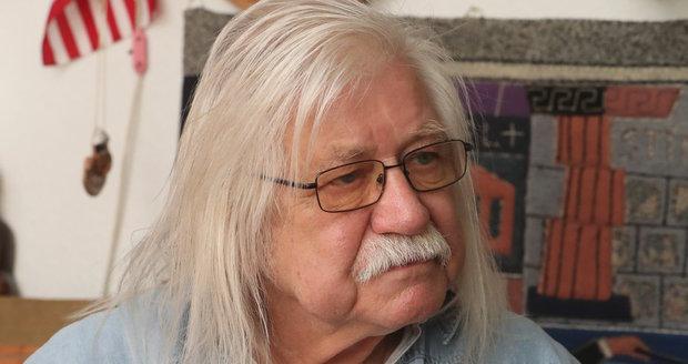 Písničkář Josef Fousek