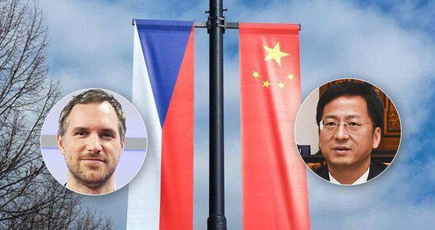 Pražská rada posvětila výpověď smlouvy s Pekingem.