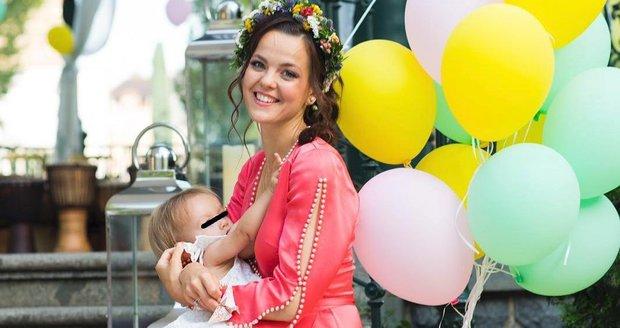 Lilia je velkou zastánkyní kojení