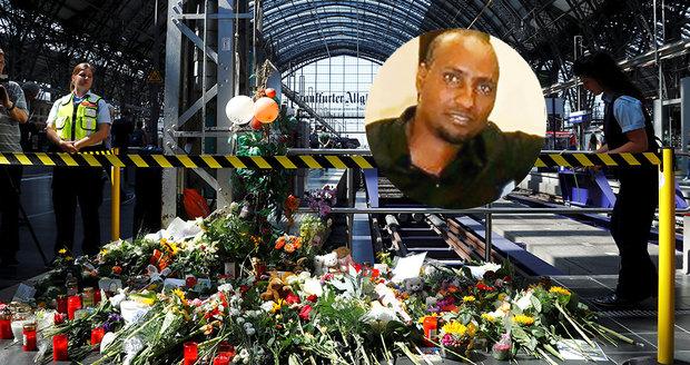 """Eritrejec, který shodil dítě (†8) pod vlak: """"Spolehlivý,"""" hodnotili imigranta v práci"""