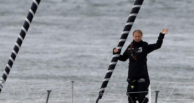 Aktivistka Greta přežila bouři. Do New Yorku jí chybí už jen 1500 kilometrů