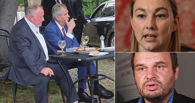 """Hašek radí za ministra Jandáka, ten se směje. Šmarda zmínil """"poplivaného chudáka"""""""