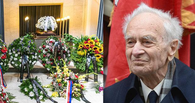 Zažil zrůdnosti nacistů. Pohřbili Čecha (†99), kterého z koleje odvlekli do koncentráku