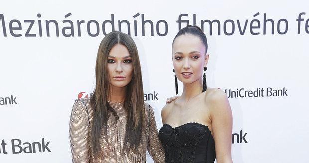 Nikol Švantnerová a Lea Šteflíčková